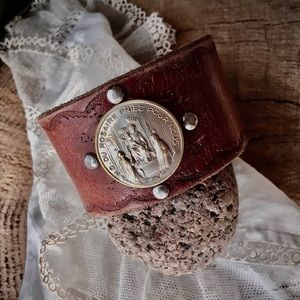 Leather cuff , French medal (small)